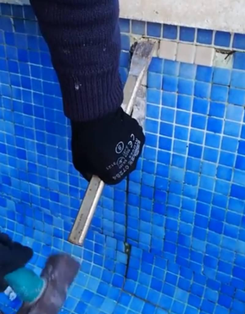 Retirar gresite de piscina