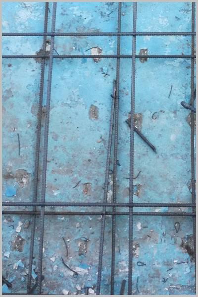 Mallazo de hierro de una piscina